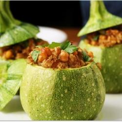 Chickpea-Quinoa Stuffed Zucchini