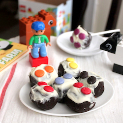 Lego block cake pops
