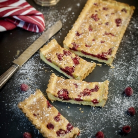 Super Yummy Raspberry Tart