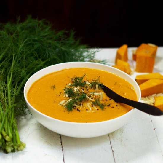 Creamy Curried Pumpkin Soup (raw)