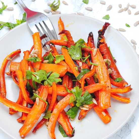 Stewed carrots with ginger oil