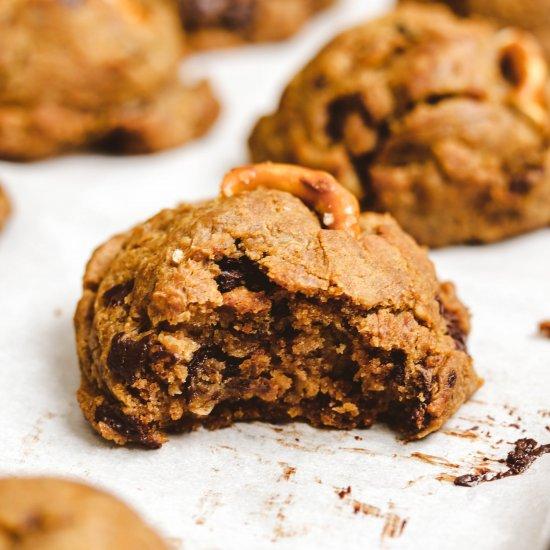 Chocolate Pretzel Chickpea Cookies