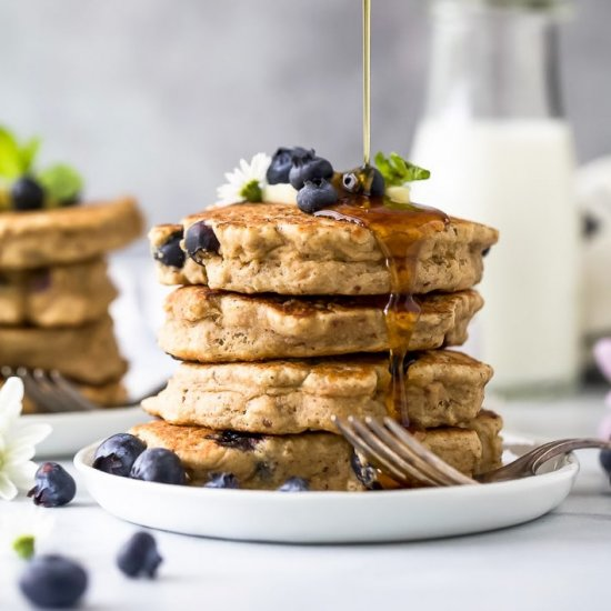 Fluffy Healthy Blueberry Pancakes