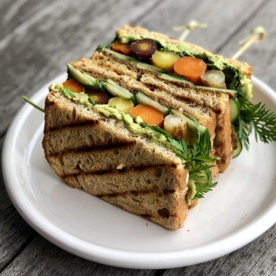 avocado & roasted carrot sandwich