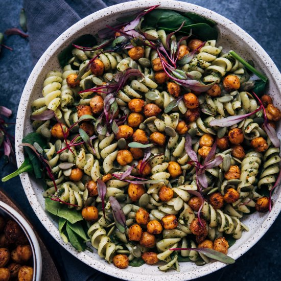 Vegan Pesto Chickpea Bowl