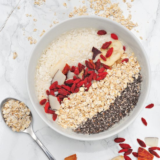 Banana smoothie bowl with chia