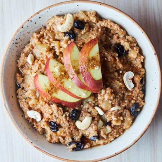 Cinnamon Apple Oat Porridge